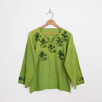 green mexican embroider blouse, 70s mexican embroider top, mexican embroider shirt, mexican embroider tunic, oaxacan, 70s hippie blouse m l