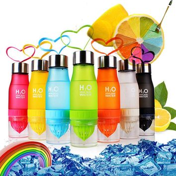700ml Stylish Fruit Infusing Water Bottle