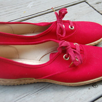 Vintage 80s Red Grasshoppers Espadrille Sneakers Lace Up Tennis Shoes Nautical Preppy Size 9.5 Medium