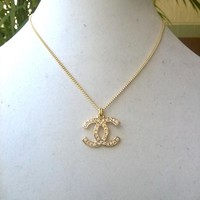 "Classy 16"" Designer Chain Crystal Pendant Necklace"