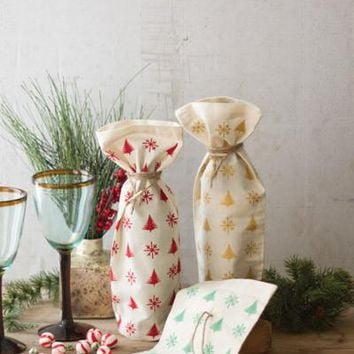 Set Of 3 Cotton Christmas Wine Bags With Clothes Pin & Jute Tie