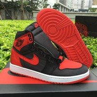 "AIR JORDAN 1 RETRO HIGH OG SE ""SATIN"" - 917359 001"
