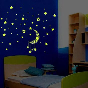 100Pcs Glow In The Dark Stars Moon Sticker Beautiful 3D DIY Home Decal Art Luminous Wall Stickers For Baby Kids Bedroom 2017 s29
