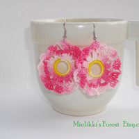 Crochetted earrings, handmade Pink-melange earrings.