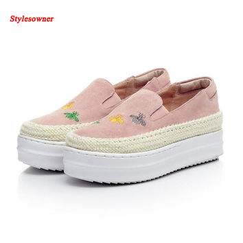 Stylesowner Straw Muffin Bottom High Heel Platform Shoes Thick Heel Flower Bee Embroidery Women Slip On Lazy Loafer Shoe