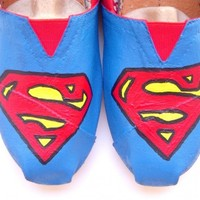 The Superman - TOMS shoes hand painted by Fruitful Feet Superman inspired