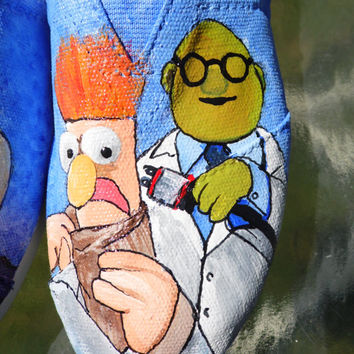 Muppet Custom Painted Shoes Beaker, Bunsen Honeydew, Mrs. Piggy, Animal, Kermit, Fozzie The Bear