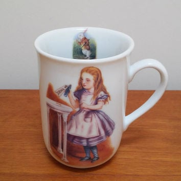 Alice in Wonderland Mug / Royal Collection / Tea Coffee Cocoa Cup