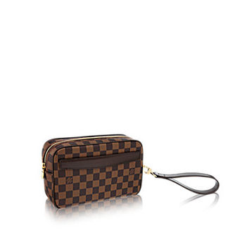 Products by Louis Vuitton: Saint-Paul Clutch