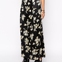 Fallen Star Maxi Skirt In Satin Floral