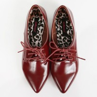 Dollhouse Confident Pointy Lace Up Oxfords | MakeMeChic.com