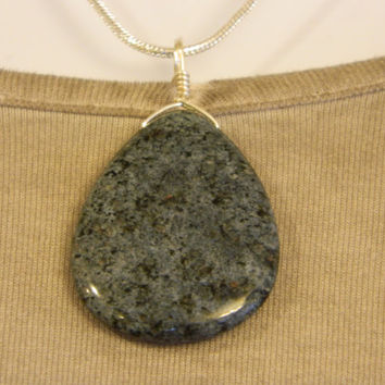 65ct. Gray and Black Stone, Semi Precious, Agate, Pendant, Necklace, Teardrop, Natural Stone, 129-15