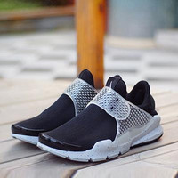 Sports Shoes Same Men and Women Shoes Fragments Design Sock Dart Breathable Mesh Sneakers Running Sports Shoes Sole Rubber Material