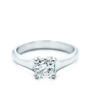 Tiffany & Co. | Engagement Rings | Lucida® | United States