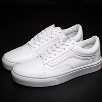 Vans White Classic Canvas Leisure Shoes