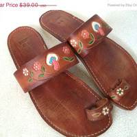 SALE Leather hippie sandals/ vintage mushroom and flowers hand tooled leather sandal/ made in Mexico festival sandals size 9 1/2-10