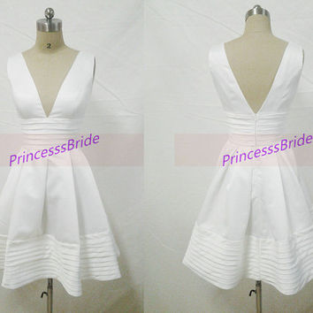 2014 short white satin prom dresses on sale,cheap dresses for holiday party under 100,sexy simple homecoming gowns discount.