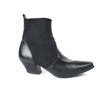 90s Chelsea Ankle Boots