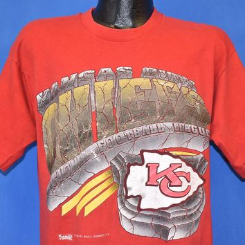 90s Kansas City Chiefs Cracked NFL Football t-shirt Large