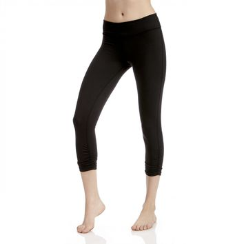 Beyond Yoga Essential Gathered Capri Legging