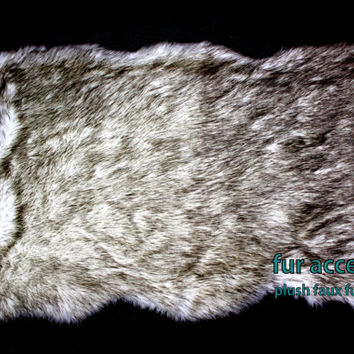 FUR ACCENTS Russian Wolf Area Rug Faux Fur White with Black Tips