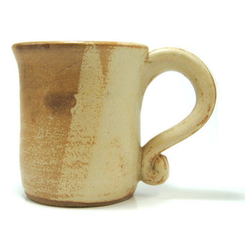 Rustic tan coffee mug - Pottery coffee mug - Brown ceramic mug - Farmhouse coffee mug - Stoneware mugs - Neutral tan mug - Simple coffee mug