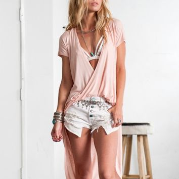 FLOWY HIGH-LOW CROSSBODY TOP- BLUSH