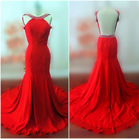 Women's Red Mermaid Dress Evening Dress Prom Dress Backless Evening Gown Beaded Prom Gown with Beadings on Neck O017