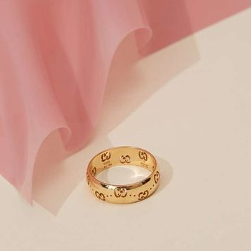 Vintage Gucci 18K Gold Cutout Ring