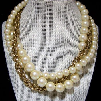 1980s Givenchy Faux Pearl Necklace, Gold Plated Rope Link Chain, Vintage Designer Jewelry, Special Occasion 1217