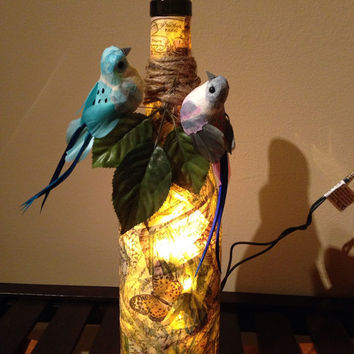 Birds wine bottle lamp, wine bottle light, bird decor, bird lover