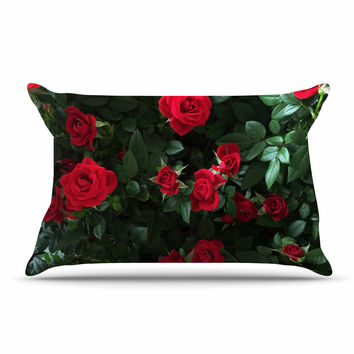 "Chelsea Victoria ""Juliets Garden "" Red Floral Pillow Case"