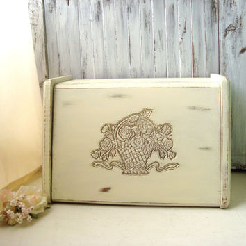 Vintage Wooden Bread Box, Shabby Chic Cream Distressed Bread Storage Box, Rustic Vintage Box, Floral Engraved Wooden Storage Box, Gift Ideas