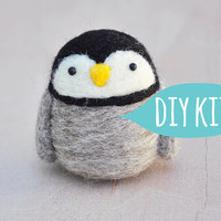 Needle felting kit beginner, Needle felting starter kit penguin, DIY craft kit for adult, penguin craft kit, DIY penguin kit, diy gift