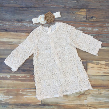 Flower girl dress. Toddler dress. Rustic country flower girl dress- Lace flower girl dress. Country wedding. Barn wedding