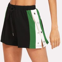 Side Striped Button Embellished Shorts -SheIn(Sheinside)