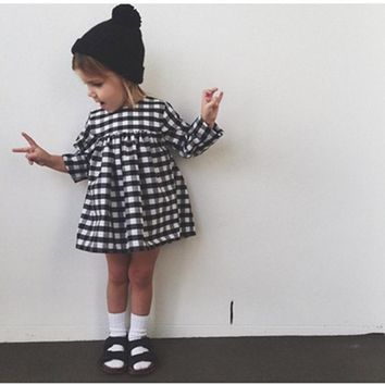 The new 2017 autumn baby clothes baby girl plaid dress casual dresses Cotton Clothing Baby Clothing