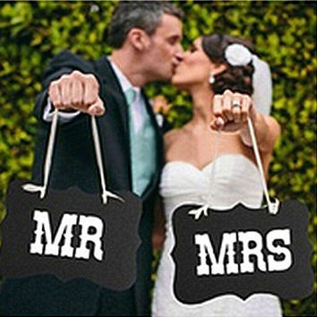 Couple Chair Mr & Mrs Signs Wedding Party Photo Props Banner Decoration 27x17cm [7958299975]
