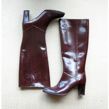 oxblood brown boots - 70s vintage rubber high heel rain boots - maroon knee high - size 8