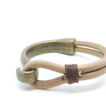 Leather and metal bracelet, mens leather bracelet, unisex bracelet, mens metal bracelet, natural leather, uno de 50 style