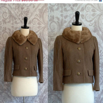 Vintage 1950s Jacket with Mink Fur Collar Cropped Wool Boucle Jacket Fitted Jacket Jackie O Style in Taupe Brown Womens Size Small