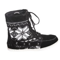 Lace up Tribal Mocassin Boots