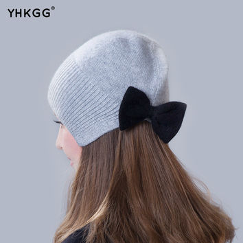 2016 brand new thin section thin section elegant ear cap with a bow Knitting beanies Pom Pom Hat