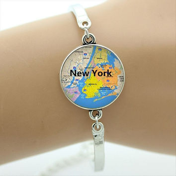 Wow! This Cabochon Bracelet has 18 favorite Cities and Countries to pick from.