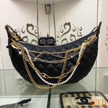HCXX 19Sep 723 Fashion Chain Pearl Metal Pendant Crossbody Pouch Quilted Chain Shoulder Saddle Bag 19-39-5cm