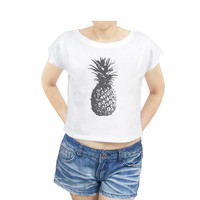 Pineapple shirt women graphic tee women shirt women crop top crop tee size S
