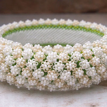 Wedding bracelet, beaded bangle Corona de Flore, OOAK, white, cream flower bracelet