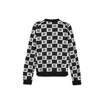 Products by Louis Vuitton: LV TWIST LOCK PRINT SWEATSHIRT