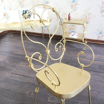 1/6 scale Golden Chair for dolls(Blythe, Barbie, Bratz, Momoko). French style