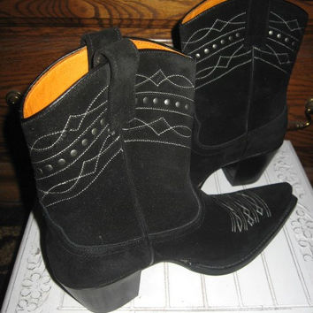 Frye ~ Boots ~ Vintage ~ Dante ~ Black Sueded Studed ~ Cowgirl ~ Mint ~ Made in Spain ~ Size 11 Medium USA